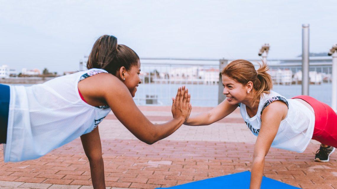 Push-Ups mit LIegestütze Kraft und Leistung steigern